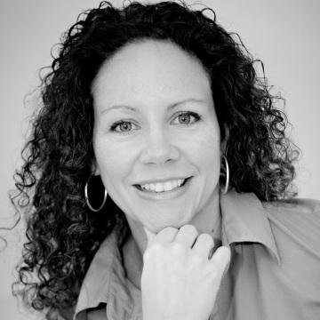 Laura Morelli author square