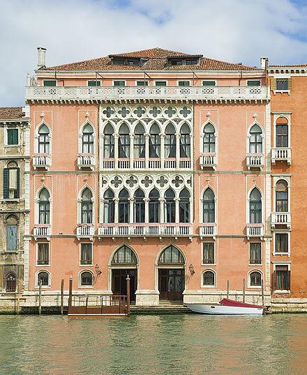 440px-Palazzo_Pisani_Moretta_(Venice).jpg